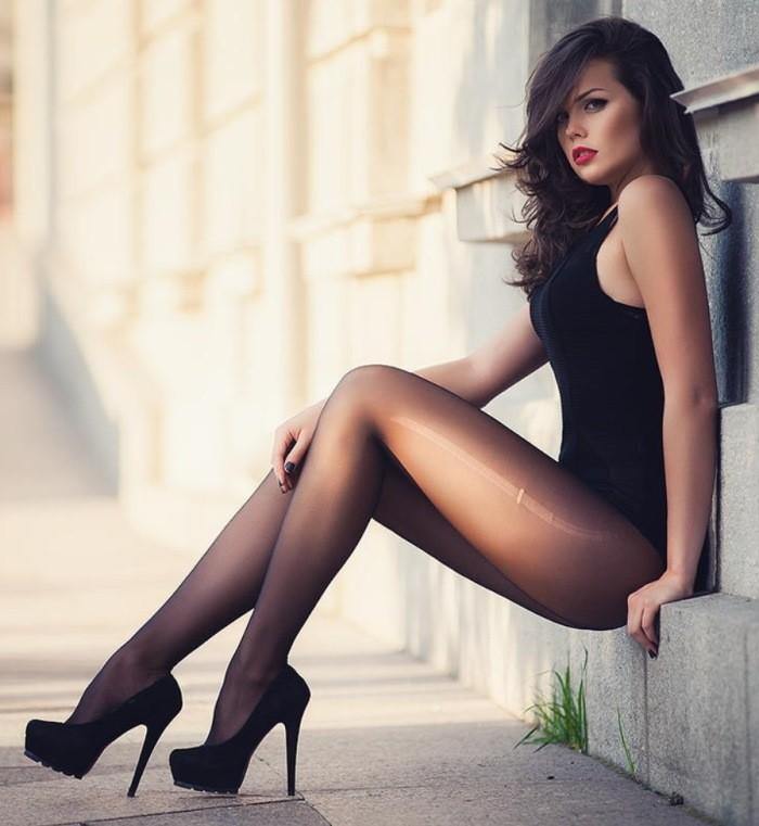 замуж это фото девушек с длинными ножками в чулках вскоре сказала