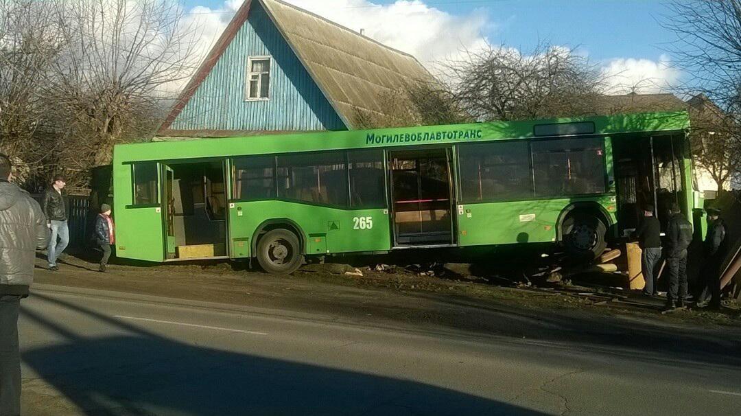 Выяснились первопричины аварии произошедшей с рейсовым автобусом в Бобруйске