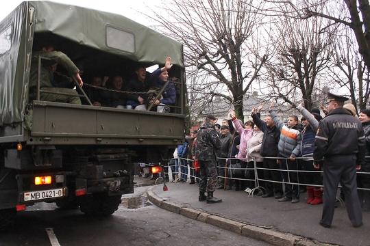 Бобруйских призывников направили на службу