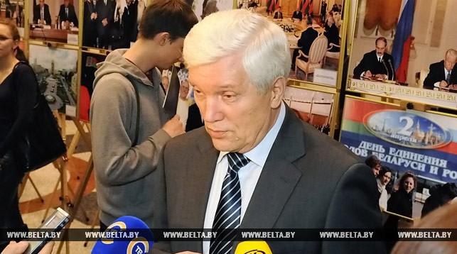 Суриков не видит серьезных предпосылок к торговой войне России и Беларуси