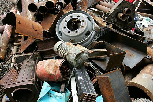 Жителей Бобруйска наказали за незаконные сделки с металлоломом