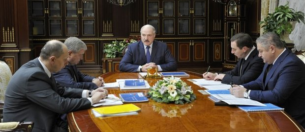 Президентом поставлены задачи о создании белорусско-китайских авто