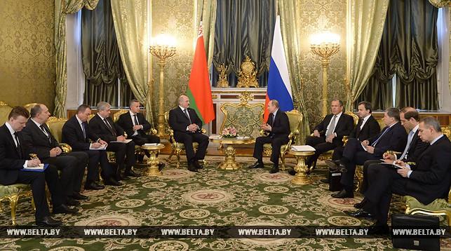 В Москве проходит расширенная встреча с участием президентов Беларуси и России