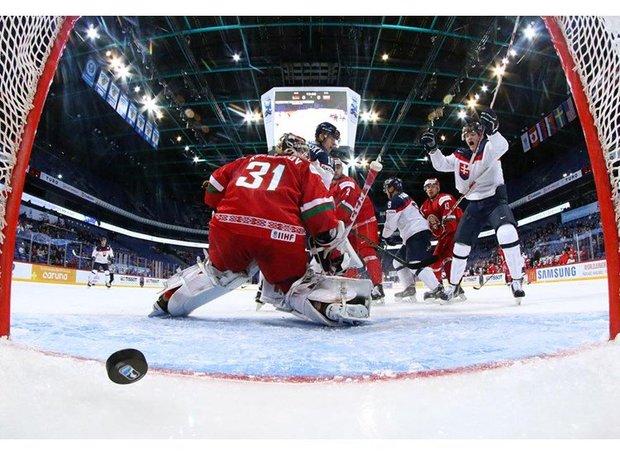 Хоккейная молодежная сборная Беларуси проиграла Словакии