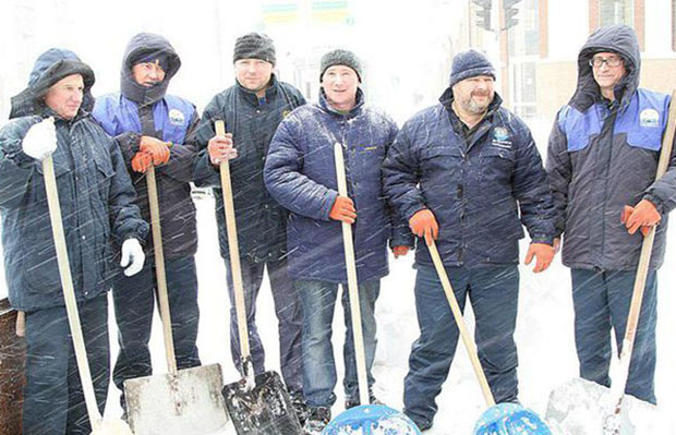 Бобруйчанам пришли СМС с просьбой оказать помощь в снегоуборке