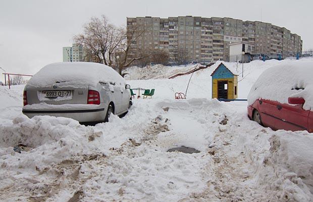 Бобруйские коммунальные службы получили распоряжение произвести полную очистку города от льда и снега