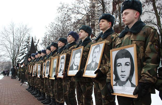 В Бобруйске проходит митинг-реквием в честь вывода войск из Афганистана