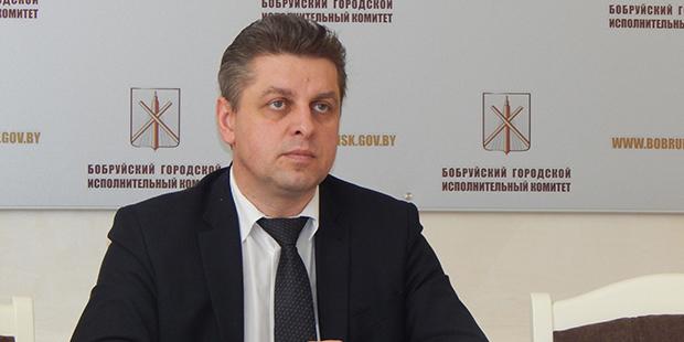 Мэр Бобруйска отчитал руководителей за неполную занятость на предприятиях