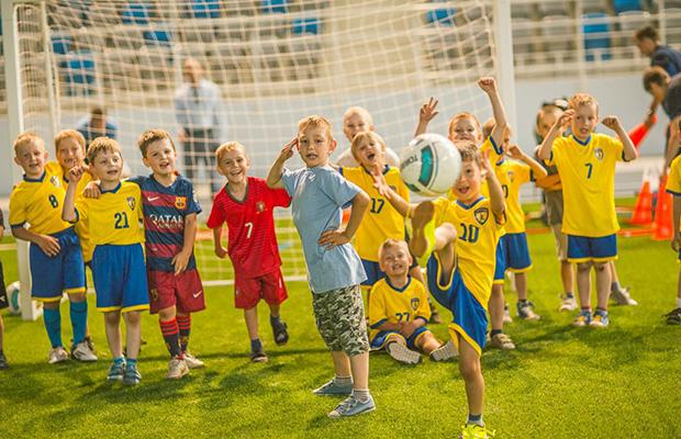 Бобруйск открывает первую футбольную школу для трехлеток