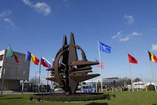 СМИ сообщили о планах НАТО перебросить 4000 человек к восточным границам