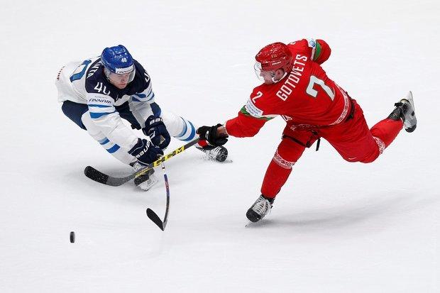 Белорусские хоккеисты пропустили шесть шайб от финнов на старте чемпионата мира в России