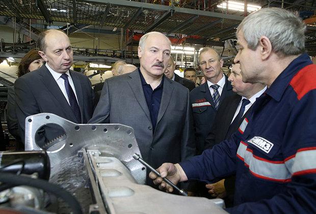 Лукашенко: нужна жесткая дисциплина и диктатура технологии