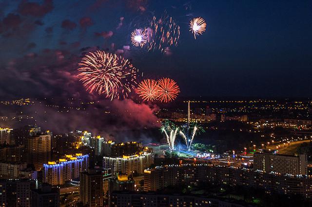 В праздничных мероприятиях в честь Дня Победы 9 мая приняли участие более 830 тысяч белорусов