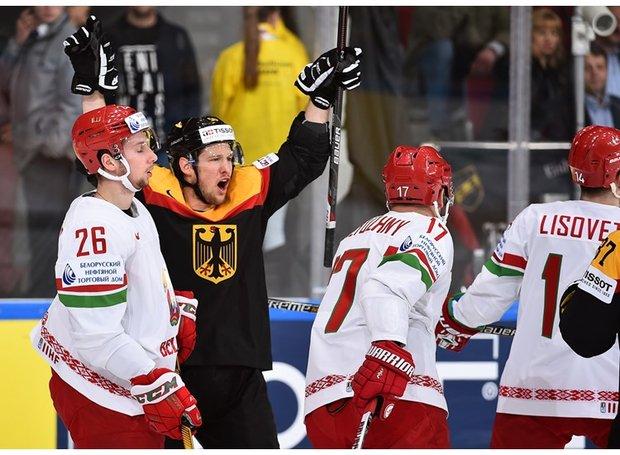 Белорусские хоккеисты проиграли Германии в одном из важнейших матчей ЧМ-2016