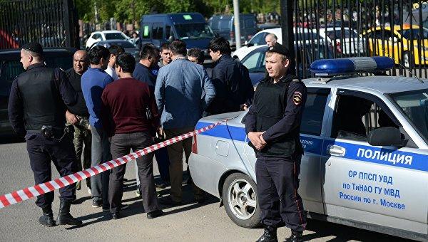 Массовая драка с участием 200 человек произошла на кладбище в Москве, есть погибшие