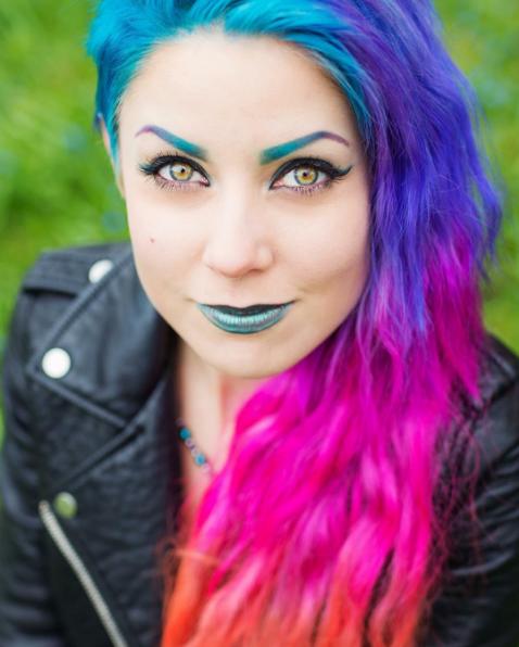Новый beauty-тренд: почувствуй себя радугой