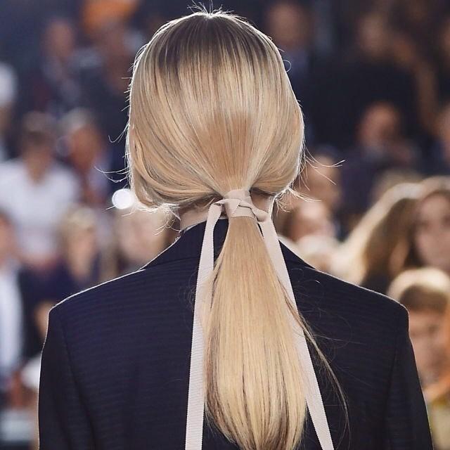 12 аксессуаров для волос, которые этим летом должна примерить каждая девушка