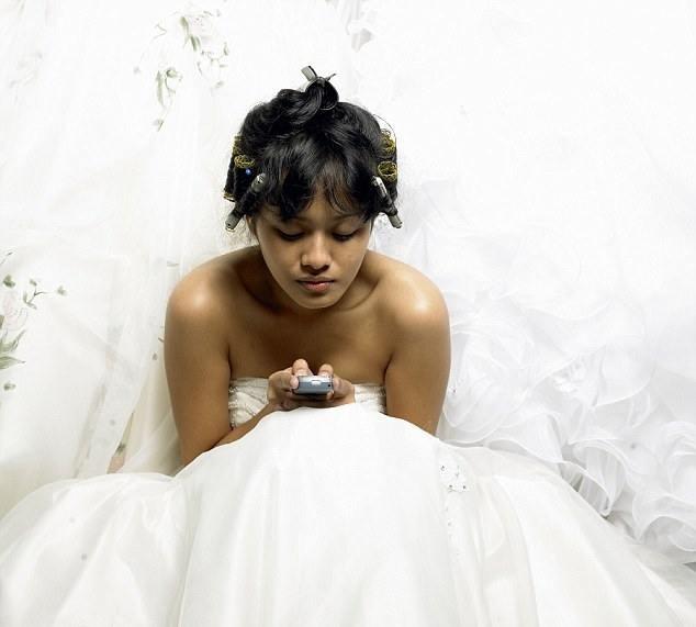 Он решил развестись с супругой через пару часов после свадьбы
