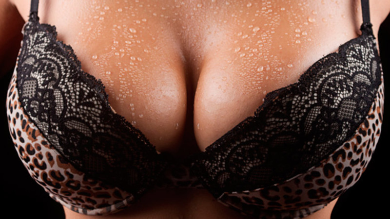 6 случаев, когда силиконовая грудь спасала жизнь
