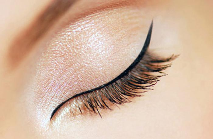 Советы визажиста: правильный макияж глаз на свидание