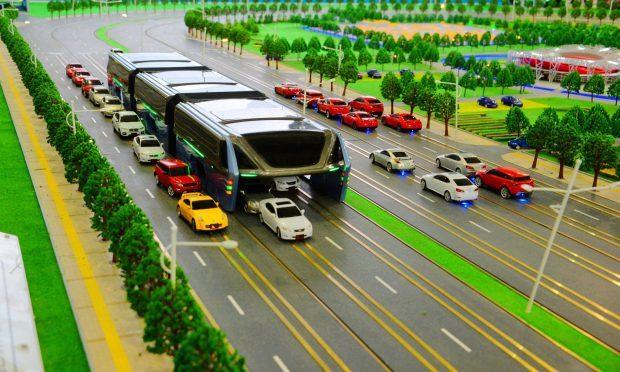 Концепт китайского автобуса против пробок