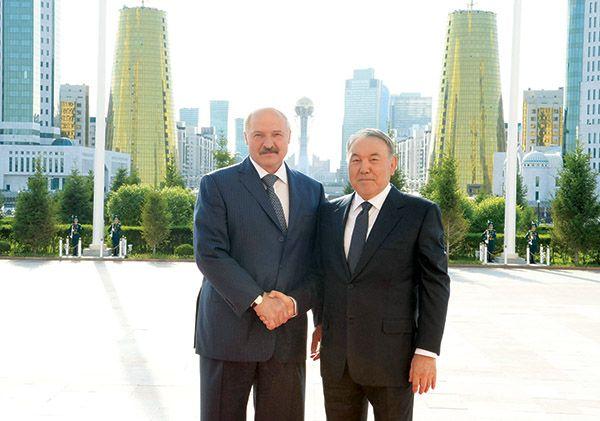 Продолжается рабочая поездка президента Беларуси в Казахстан