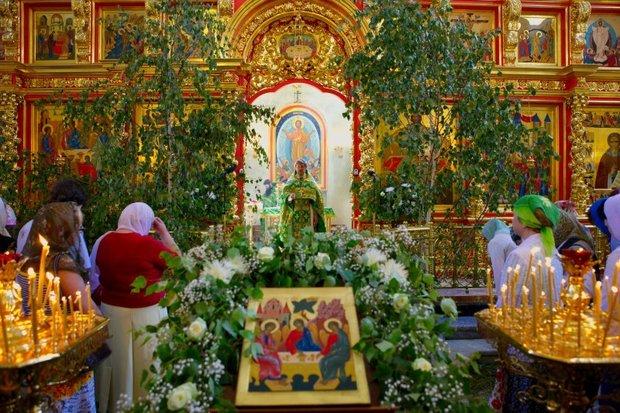 Белорусы празднуют Троицу: Сёмуха, Пятидесятница или день рождения церкви