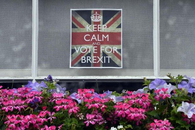 Жители Великобритании проголосовали за выход из Евросоюза