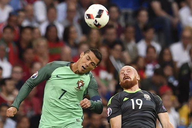 Португалия вышла в финал Евро-2016, обыграв Уэльс