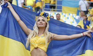 За плохую игру на Евро украинцы потребовали отправить своих футболистов в зону АТО на Донбасс