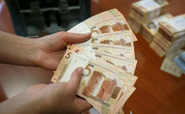 Официальная статистика: 530 тысяч белорусских семей недовольны своими доходами