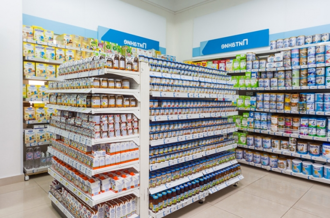 На портившую детское питание в Пинском супермаркете девочку-подростка подано заявление в милицию
