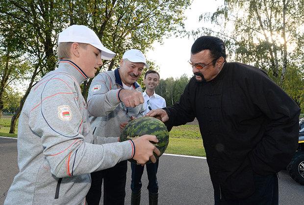 Как выращивают овощи на огороде Лукашенко