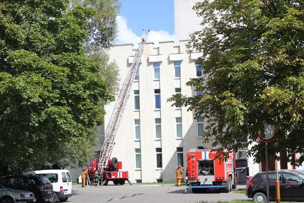 Бобруйские спасатели провели учения по эвакуации людей из здания театра