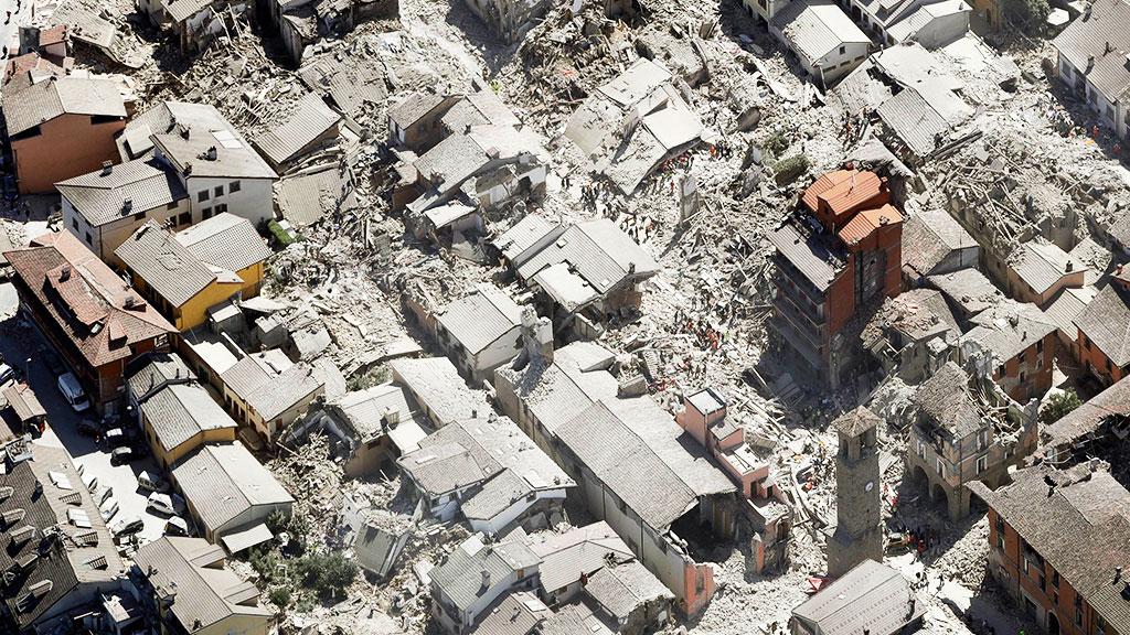 Италия ввела режим чрезвычайного положения