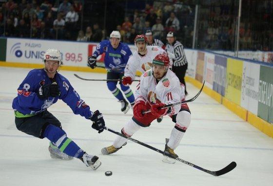 Белорусские хоккеисты проиграли словенцам битву за Олимпиаду