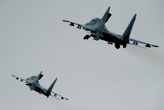 Су-27 подняты по тревоге с авиабазы в Крыму