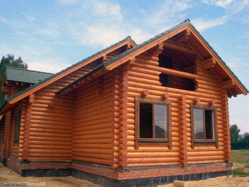 Оцилиндрованное бревно - легкое строительство красивого дома