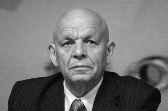 Умер бывший секретарь Центризбиркома Беларуси Николай Лозовик
