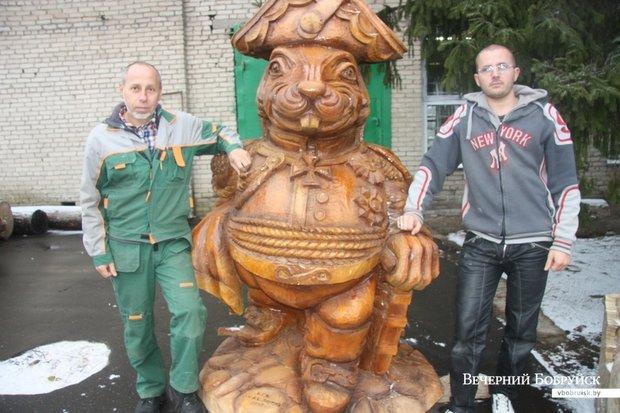 Как русский генерал. В Бобруйске установят еще одну скульптуру бобра — деревянную