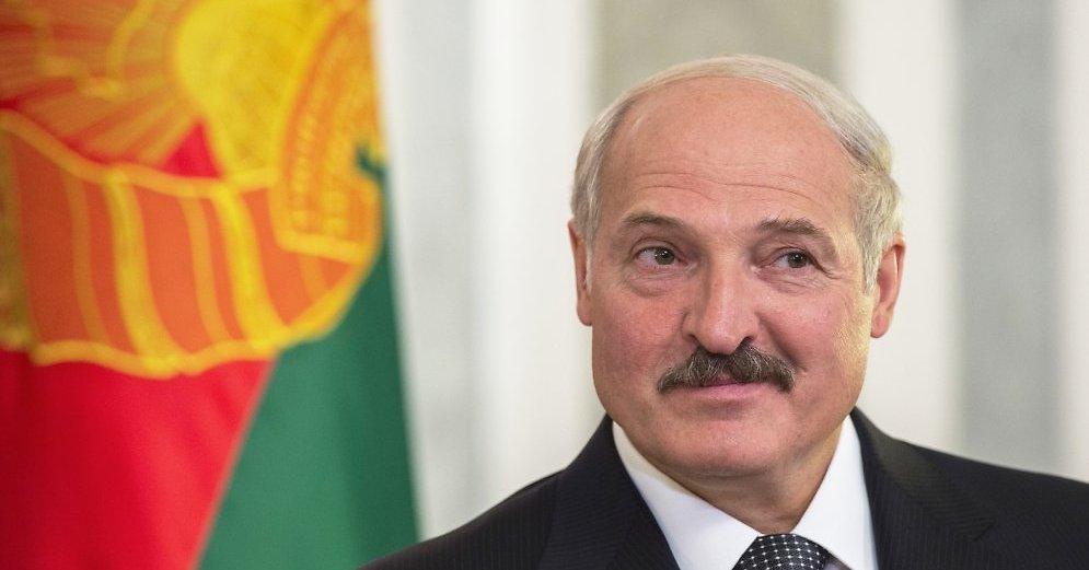лукашенко призвал заняться благотворительностью