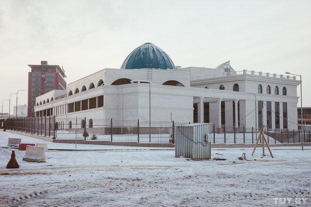 Бухгалтер посольства Казахстана в Беларуси задержан за хищение почти 700 тысяч долларов