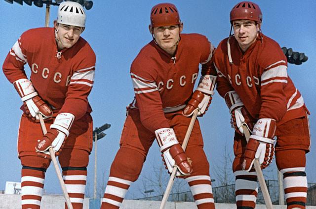 «Легенда 17». Спортивный мир вспоминает Валерия Харламова