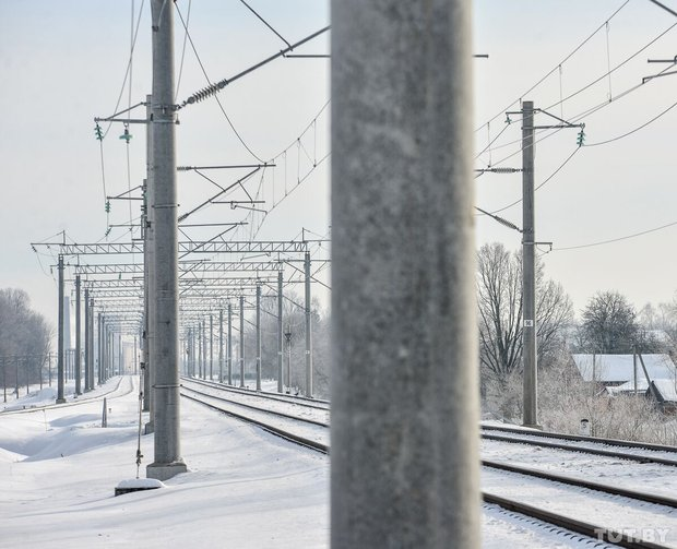 В Бобруйске под колесами электрички погиб 16-летний школьник