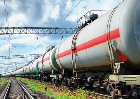 Москва ограничила поставки российских нефтепродуктов в Беларусь