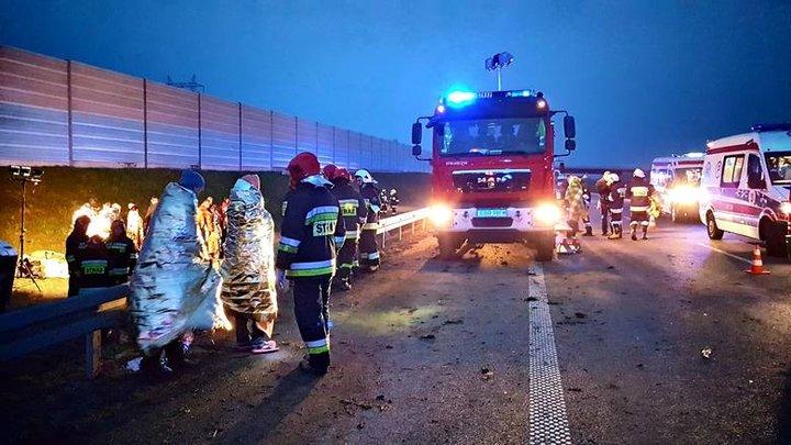 В Польше автобус с белорусами вылетел в кювет, 18 человек пострадали