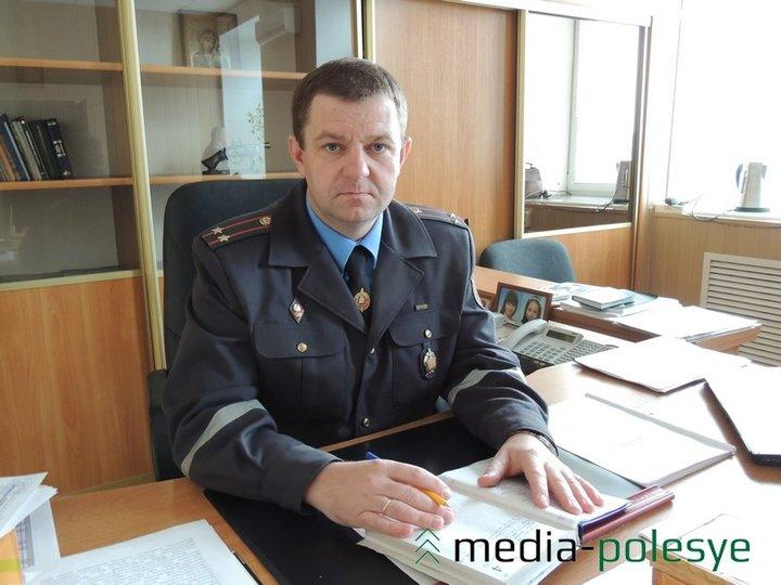 Задержанного за рулем пьяного начальника Столинского РОВД накажут штрафом и уволят