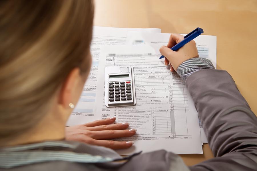 наличие контролируемой задолженности