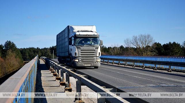 Беларусь в I квартале снизила экспорт товаров и услуг на 1,9% до $9,7 млрд