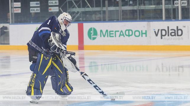 ХК «Динамо-Минск» ведет переговоры с Юнасом Энротом и находится в поиске новых имен для команды